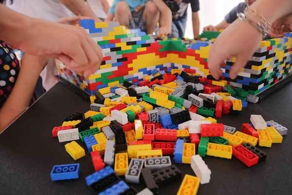 Zestawy klocków Lego do 200 zł