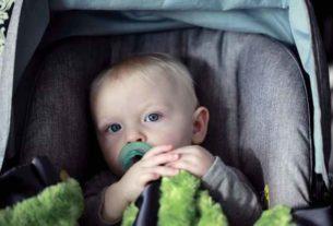 Czym kierować się przy zakupie fotelika samochodowego dla dziecka?